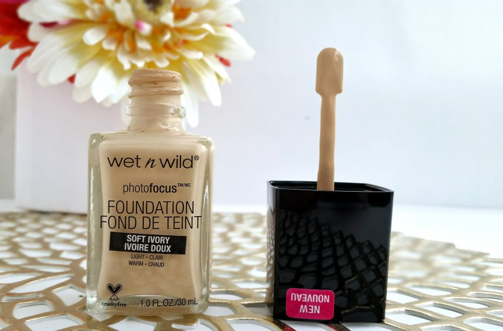 wetnwild-photofocus-foundation-review-beautyandatwist-june-2017